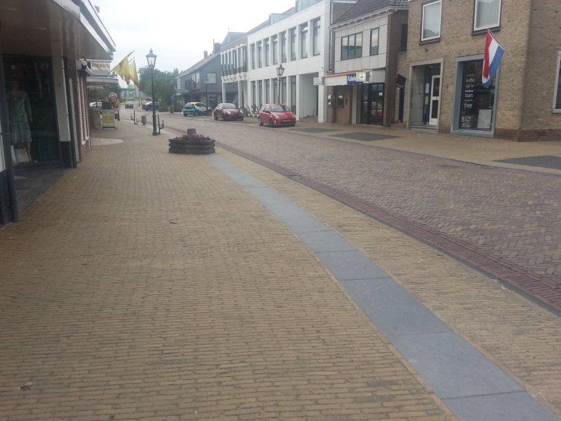 Lemmer Streets, the Dutch like bricks