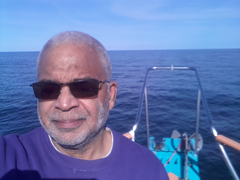 Dauntless Travels over Flat seas while Richard makes his first and last selfie