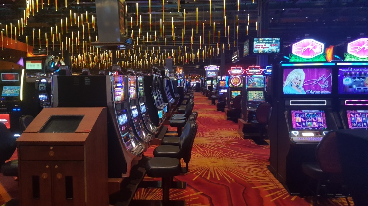 No one playing the slots