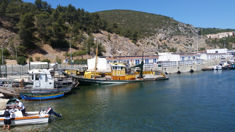 Sesimbra harbor